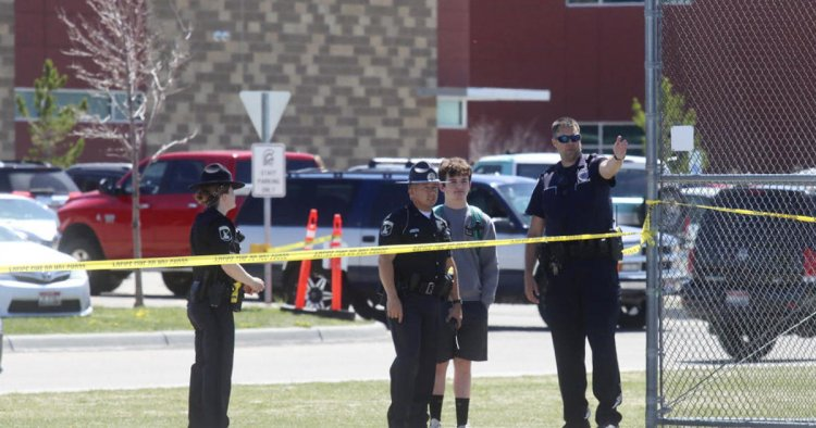 US: A 12-year-old girl studying in the sixth class rained school bullets, three people, including two students, were injured.