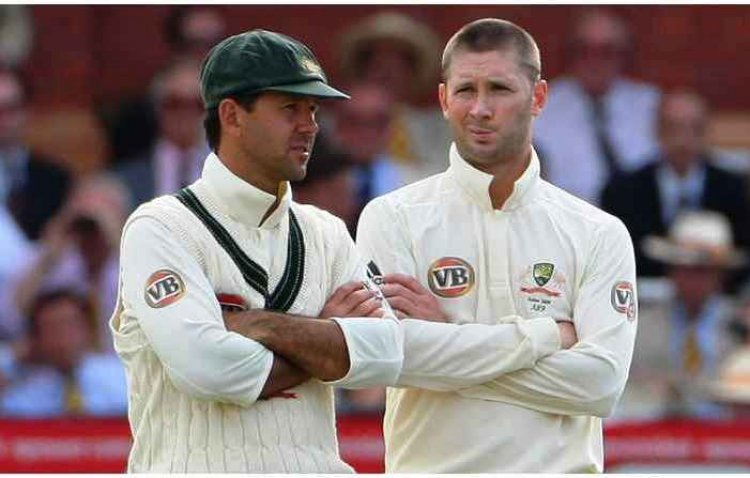 Inside Story of Australian Cricket! Ricky Ponting was hanging on the sword, so Michael Clarke had saved